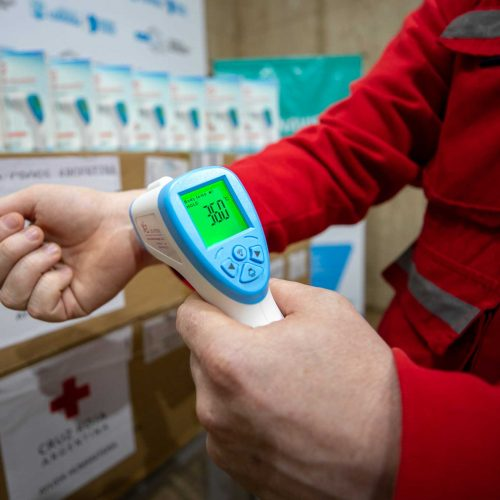 Cruz Roja Argentina entregó termómetros digitales
